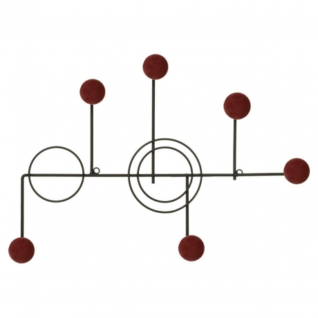 Metallist nagi Otel punane